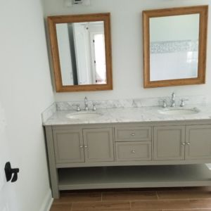 Ubaldo Construction Custom Vanity